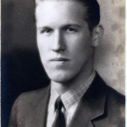 Excelsior HS 1939 unknown 024 small.jpg