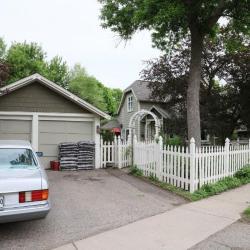 3rd St 194 garage