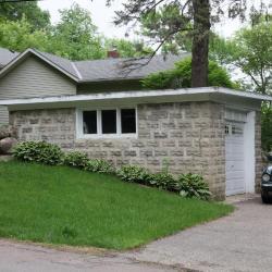 Glencoe Rd 614 garage