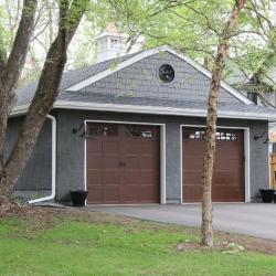 Lake St 274 garage