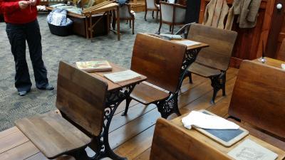 Anderson School Desks