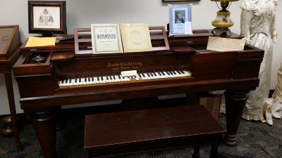 044 Mtka HS Chickering piano.jpg