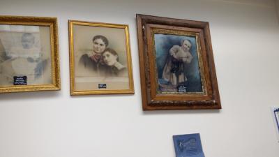 Holte pictures of Sheldon Douglas, Amie and Etta Douglas