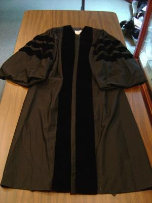 Gown, Academic